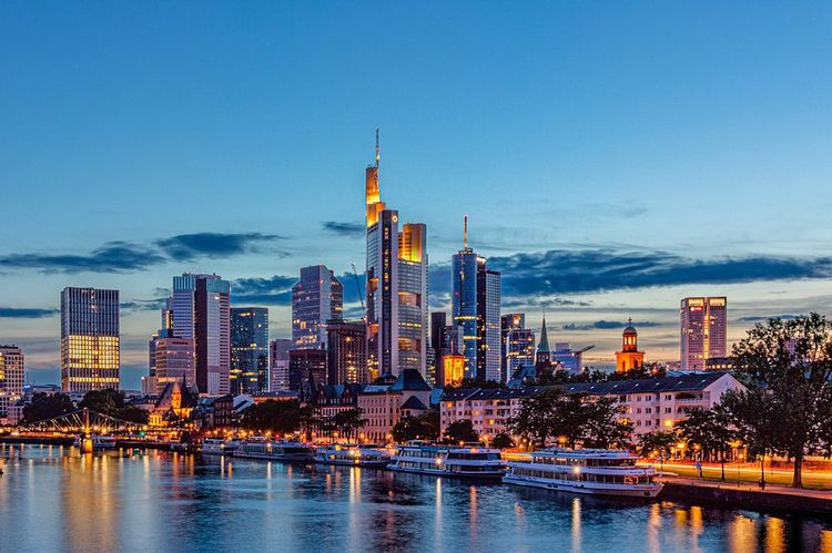 Frankfurt Date Frankfurt