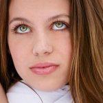 Brünette Frau tolle Augen