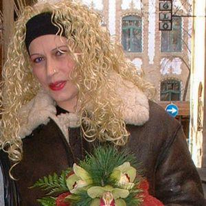 Versaute MILF lange blonde Locken
